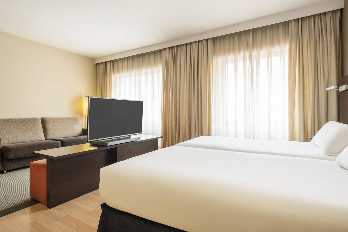 QUARTO PREMIUM ILUNION SUITES MADRID