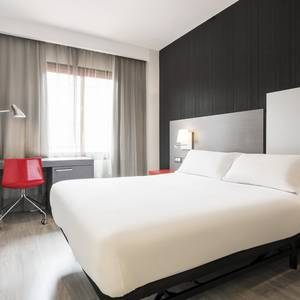 Quarto Duplo Hotel ILUNION Suites Madrid Madrid